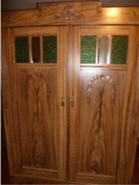 Holzmalerei, Treppensanierung, Fußbodensanierung ...